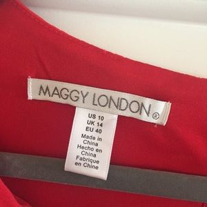 Maggy London Dresses - NWT Maggy London Chain Link Jacquard Dress